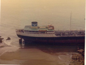 The stern of Donna Marika on Lindsway Sands